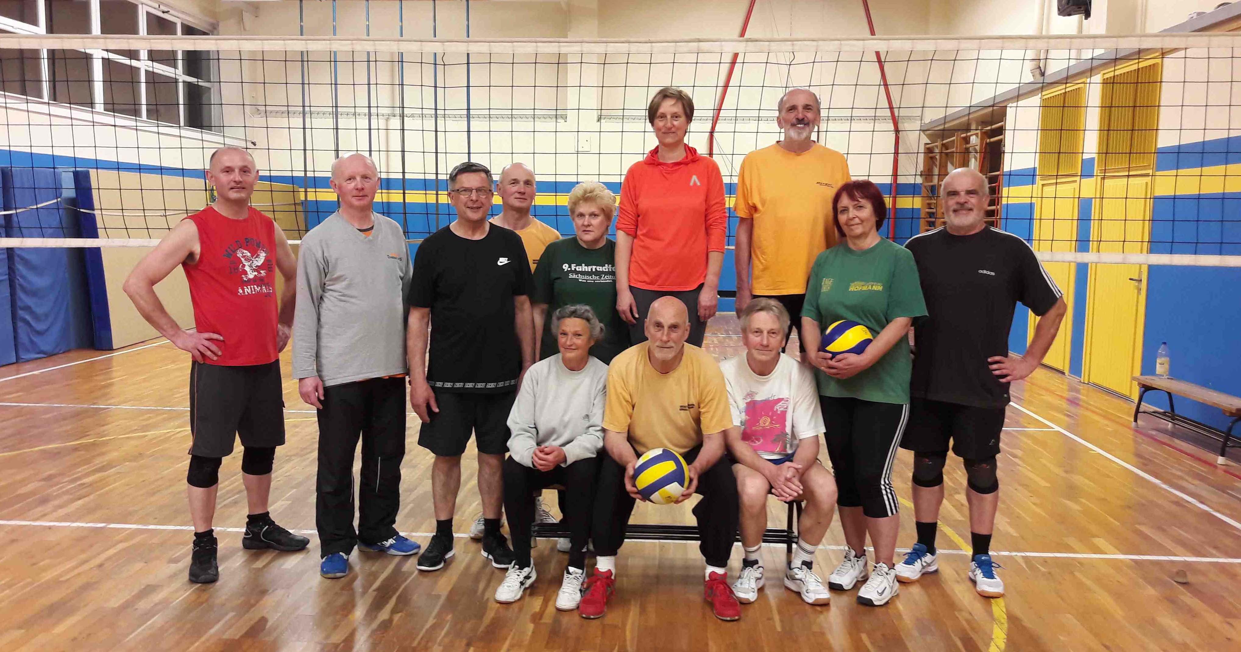 Volleyball-Mannschaft Familiensport
